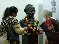 Gandhi Zeremonie NEWS