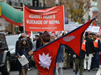 Proteste gegen die indische Blockade Nepals in Washington im November 2015. (Photo: flickr, S Pakhrin, https://bit.ly/2HqREk4, CC BY 2.0)