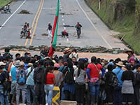 On March 15th 2019, indigenous protesters blocked the important Panamericana at several locations | Photo: picture alliance/ZUMA Press