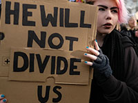 He will not divide us. (Photo: flickr, Alisdare Hickson, https://bit.ly/2Clwhw5, CC BY SA 2.0)
