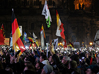 Pegida-Demonstration vom 19. Oktober 2015 (Foto: Flickr, strassenstriche.net, BY-NC 2.0)